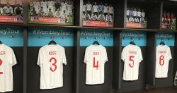 22_Wembley Stadium dressing room_800px.jpg